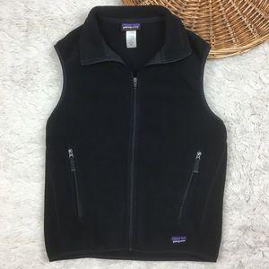 Patagonia synchilla fleece vest black logo